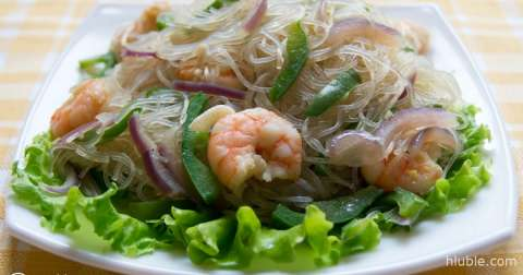 Salad with cellophane noodles and shrimp